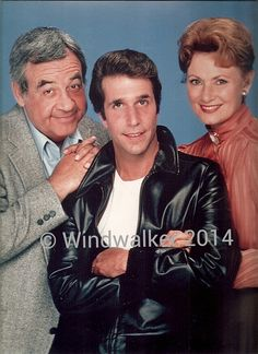 Happy Days with Tom Bosley, Henry Winkler and Marion Ross.