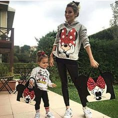 Mom Daughter Matching Outfits These Outfits Are Just Too - Mom creates the most adorable costumes for her daughter to wear at disney world