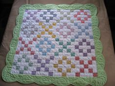 baby quilt...love the scalloped border