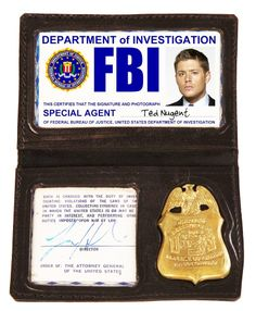 Dean Winchester fake FBI badge from Supernatural.  lalala this is what i'm working on tonight, super good close-up!