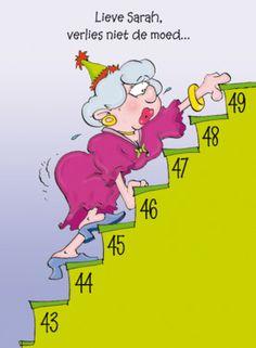 Sarah klimt de trap op- Greetz