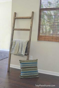 Diy Furniture You will save a boatload of money with my DIY Blanket Ladder Pottery Barn Knock Off! So simple. And the result will amaze you! -Read More – Pottery Barn Hacks, Pottery Barn Furniture, Diy Furniture, Woodworking Furniture, Pottery Ideas, Furniture Stores, Diy Woodworking, Furniture Projects, Pottery Barn Blankets