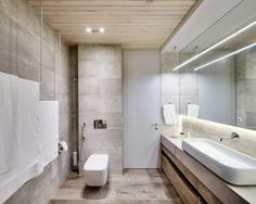 Here you may find out Contemporary Bathroom design for your Bathroom. Certainly, it can help you a lot to make it looks great. Visit Contemporary Bathroom Decor Ideas Combined With Wooden Accents Become A Remarkable Design to learn more. Cosy Apartment, White Apartment, Duplex Apartment, Apartment Interior, Home Interior, Interior Design, Interior Concept, Modern White Bathroom, Contemporary Bathrooms