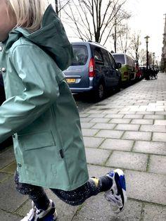 LET'S GOSOAKY! De leukste regenkleding voor kinderen! Kind Mode, Parka, Raincoat, Let It Be, Kids, Jackets, Clothes, Fashion, Superheroes