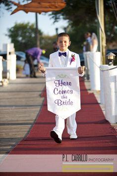 Cute wedding idea.
