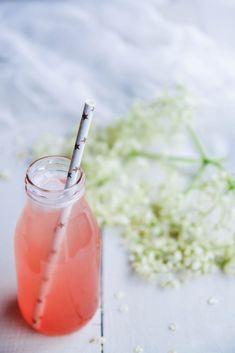 Sirop de sureau et rhubarbe - aime & mange