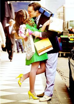 C and B together at last.  If only things were this simple...  Who's your favorite Gossip Girl paring?