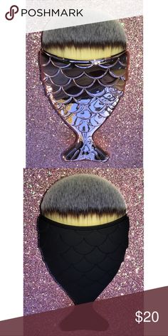 Fishtail makeup brush. Fishtail makeup brush for concealer,foundation or contouring Makeup Brushes & Tools