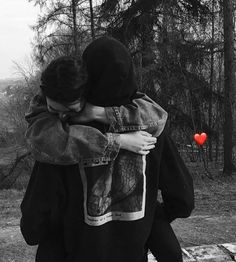 Cute Boyfriend Pictures, Cool Girl Pictures, Cute Couple Pictures, Best Friend Pictures, Cute Couple Poses, Couple Photoshoot Poses, Cute Couples Goals, Book Cover Background, Muslim Pictures