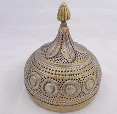 Antique Indian Brass Onion Form Pandan Areca Betel Nut Box Leaf Pierced 19th C