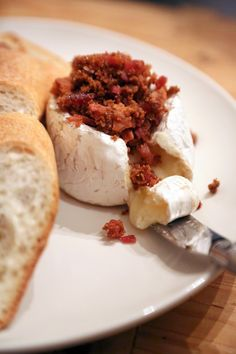 Candied bacon baked brie for holiday parties