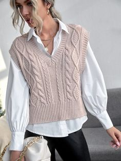 Vest Outfits For Women, Cute Casual Outfits, Clothes For Women, Knitwear Fashion, Knit Fashion, Fashion Outfits, Sweater Vest Outfit, Casual Mode, Mode Chic