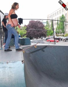 epic-parenting-fail-pregnant-skateboarding copy