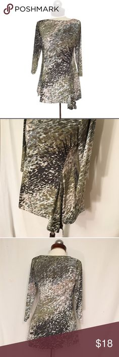 MARC ZUNINO asymmetrical drape stretch top Excellent condition! Curved gathering at side with asymmetrical drape hem. Silky polyester/spandex blend with a ton of stretch and slight sheen.. Three-quarter length sleeves 🔹 bust 38 🔹length 28 MARC ZUNINO Tops Blouses