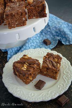 Prăjitură cu ciocolată și alune de pădure | Bucate Aromate Cake & Co, Pastry Cake, Pastry Recipes, Something Sweet, Ricotta, Desserts, Food, Pie, Kuchen