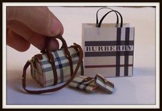 Bag Miniature Dollhouse 112 scale 4 Pcs Burberry by DesignBA Polymer Clay Miniatures, Dollhouse Miniatures, Mini Purse, Mini Bag, Fancy Script Font, Minis, Diy Straw, Biscuit, Boot Jewelry