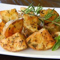 Healthier Oven Roasted #Potatoes   #sidedish #kidfriendly