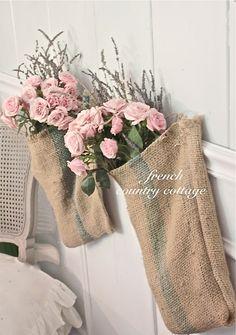 Hanging Burlap Pockets and Blooms DIY