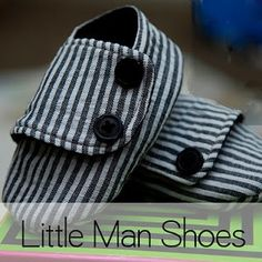 Little man shoes-free pattern this site also has a bow-tie onesie pattern :) Onesie Pattern, Baby Shoes Pattern, Shoe Pattern, Sewing Projects For Kids, Sewing For Kids, Baby Sewing, Baby Boy Shoes, Boys Shoes, Man Shoes