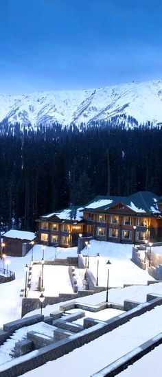 Best Winter Resorts in India: Winter vacations should be spent at best resorts like The Grand Dragon in Ladakh,The Khyber Himalayan Resort,etc. Winter Resorts, Winter Getaways, Winter Vacations, Best Resorts, Hotels And Resorts, Vacation Places, Vacation Spots, India Travel, Travel Nepal
