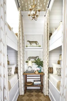 Home Interior Livingroom Bunk Room with ikat curtains and a chandelier and animal art prints by Ornis Gallery designed by Heather Chadduck Interiors at the Southern Living Idea House A dream children's room! Built In Bunks, Built In Bed, Bunk Rooms, Bunk Beds Small Room, Kid Bedrooms, Southern Living Homes, Coastal Living, Design Living Room, White Houses