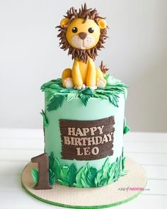 50 Most Beautiful looking Lion Cake Design that you can make or get it made on the coming birthday. Jungle Birthday Cakes, Jungle Theme Cakes, Boys 1st Birthday Cake, Safari Theme Birthday, Creative Birthday Cakes, Baby Boy 1st Birthday Party, Safari Cakes, 1st Boy Birthday, Jungle Safari Cake