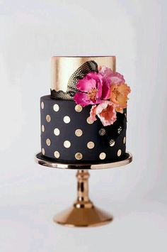 """Black and gold polka dot cake. Like bright flowers to break up gold and black. Wouldn't put the """"darling"""" topper on tho. And gold cake stand helps it look perfectly balanced. Gorgeous Cakes, Pretty Cakes, Amazing Cakes, Fondant Cakes, Cupcake Cakes, Decors Pate A Sucre, Decoration Patisserie, Summer Wedding Cakes, Summer Cakes"""