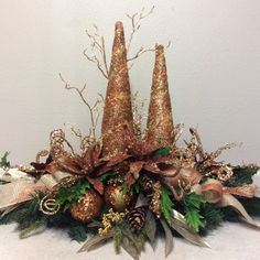 Copper and Gold Christmas Flower Arrangements, Faux Flower Arrangements, Christmas Flowers, Christmas Centerpieces, Xmas Decorations, Christmas Wreaths, Christmas Crafts, Christmas Store, Rustic Christmas