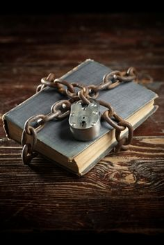 Eight Books Every Spiritual Seeker Should Read – Fractal Enlightenment