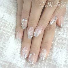 ブライダル! お天気に恵まれますように^^ #bridalnails #gelnails #nailart #naildesign #ブライダルネイル #manicure #silver #flower #香港ネイルサロン #canarycentral #canarynailsalon #nailsalonhk Eyelash Salon, Eyelashes, Nailart, Party Ideas, Bridal, Instagram Posts, Beauty, Lashes, Bride