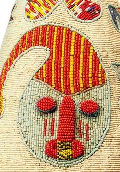 YORUBA BEADED CROWN, NIGERIA Textile Patterns, Floral Patterns, African Hats, Haida Art, Yoruba, African Textiles, Japanese Patterns, Gourd Art, Beaded Animals