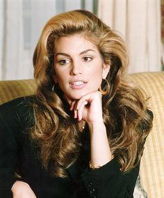 Amy Willerton channels supermodel Cindy Crawford in sultry ...