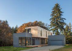 Minimalistisch Häuser by Stephenson Design Collective
