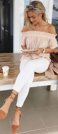 40 Of The Best Summer Outfits To Copy Right Now 30 Chic Summer Outfit Ideas – Street Style Look. The Best of casual outfits in Cute Summer Outfits, Spring Outfits, Spring Clothes, White Jeans Outfit Summer, Winter Outfits, Summer Brunch Outfit, Winter Dresses, Brown Flats Outfit, Preppy Outfits For School