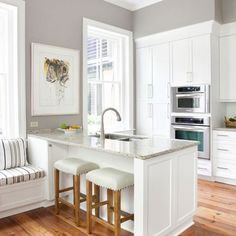 Traditional Kitchen Photos Small Kitchen Design Ideas, Pictures, Remodel, and Decor - page 4