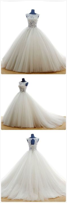 Elegant natural waistline wedding dress made of tulle with embroidered and satin by hand! #wedding dresses #bridal gown