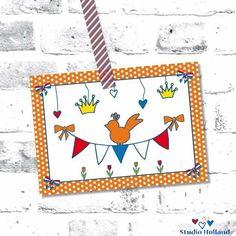 Het is bijna Koningsdag! 👑 Het zal anders zijn dan andere jaren! Maar niet minder leuk met zoveel fantastische en liefdevolle initiatieven die je overal voorbij hoort en ziet komen. En wat worden er veel lieve kaartjes verstuurd! Echte post is, zeker nu, zoveel leuker! ❤️💙🧡🇳🇱  #koningsdag #studioholland #samensterk #coronavirus #corona #socialdistancing #blijfthuis #echtepostiszoveelleuker #holland #dutch #postkaart #kaart #stuureenkaartje #hipenstipkaarten #studioplume #post… Holland, Kids Rugs, Stickers, Studio, Postcards, Decor, The Nederlands, Decoration, Kid Friendly Rugs