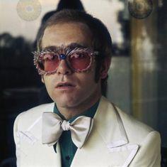 Sir Elton Hercules John bornReginald Kenneth Dwight
