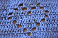 Hyggetanten: Hæklet hjertehåndklæde.. :) DIY Diy And Crafts, Blanket, Bitter, Hygge, Threading, Creative, Blankets, Cover, Comforters