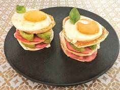 Envie d'un brunch rapide et savoureux ? 🥑🍖🍳 Venez découvrir ma nouvelle petite recette fétiche ! 😋 Disponible dès maintenant sur le Blog ! 👏✨ (lien direct en bio) #food #brunch #avocado #bacon #egg #foodblogger #recettefacile #pancakes #burger #frenchblogger #cuisine #cheers