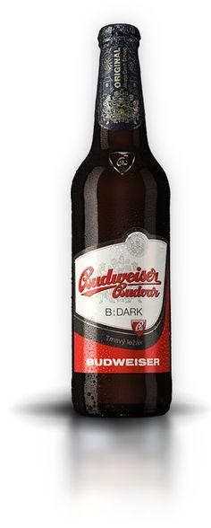 V Budějovickém Budvaru pro vás vaříme mnoho piv – náš tradiční ležák, kvasnicový ležák Budvar Kroužek a nově i Budvar Zakládáme si na poctivých surovinách a dlouhé době ležení. Trpělivost z piva dělá ležák. Beer Brewing, Home Brewing, Beer Maker, Czech Beer, Malt Beer, I Like Beer, Beers Of The World, Beer Cans, Beer Bottles