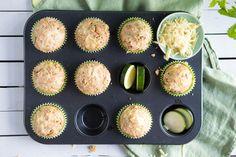 Matpakkemuffins med ost og squash Muffins, Flora, Breakfast, Squash, Recipes, Morning Coffee, Muffin, Gourd, Rezepte