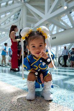 Little Chun Li Cosplay Baby Cosplay, Funny Cosplay, Cosplay Anime, Cute Cosplay, Cosplay Girls, Cosplay Style, Casual Cosplay, Funny Babies, Funny Kids