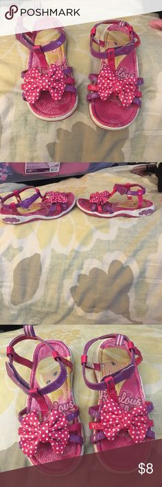 🎀 Girls Barbie Bow sandals 🎀 Girls Barbie Sandals in size 11 preloved used condition but still has lots of life, normal wear but no major flaws Barbie Shoes Sandals & Flip Flops