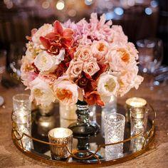Peachy Keen Wedding Centerpiece - ELLEDecor.com