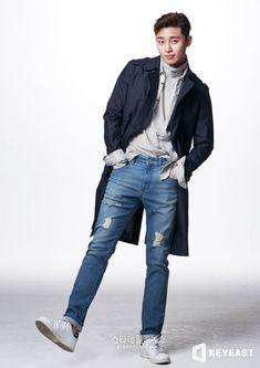 Park Seo-joon (박서준) - Picture Gallery @ HanCinema :: The Korean Movie and Drama Database Korean Men, Asian Men, Korean Actors, Oppa Gangnam Style, Park Seo Joon, Park Hyung Sik, Kdrama Actors, Actors & Actresses, Korean Fashion
