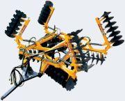Grades Aradoras - GCRDALA - Grade Controle Remoto de Dupla Ação - Leve - Articulada - Sistema de articulação através de pistões hidráulicos - Sistema de abertura da grade - Pistão hidráulico - Sistema desencontrado de rodas