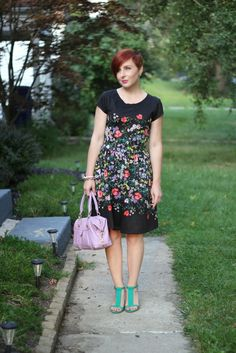 Thrift and Shout: Cute Outfit of the Day: The Cutest Floral Dress Ever; red hair, asymmetrical haircut, undercut, Lauren Conrad for Kohl's dress, thrift shopping, thrifting, thrift store, Old Navy t-strap heels, Baby Shower fashion, fit and flare, peter pan collar