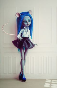 OOAK Monster high Mousecedes  King doll repaint