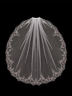Wedding Veil with Embroidered Flowers and Pearls